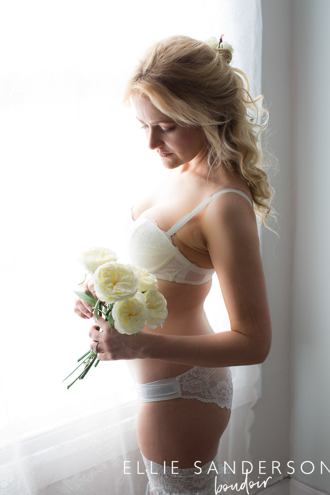 Bridal inspired boudoir shoot with flowers